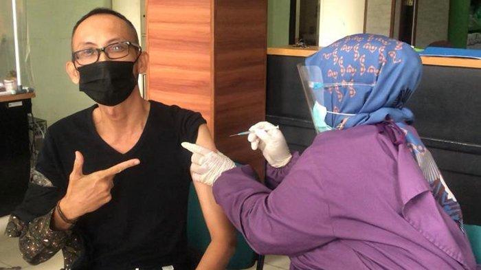 Seluruh Karyawan BPJamsostek Cabang Tarakan Ikuti Vaksin Covid-19 Tahap Pertama
