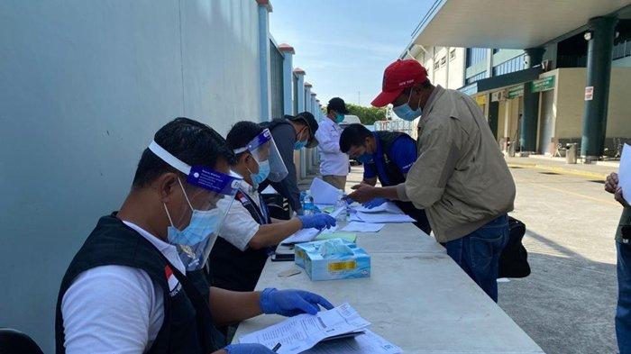 Konsulat RI di Tawau Bantah Pulangkan 50 WNI Stranded Tanpa Swab PCR, Emir: Mereka Sudah Negatif