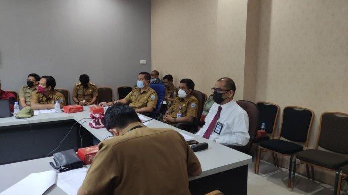 Kepala KPPN Tanjung Selor Darius Tarigan menghadiri Rapat koordinasi yang diselenggarakan BPKAD Provinsi Kalimantan Utara pada Senin (22/03/2021) di Kantor Gubernur Kaltara.