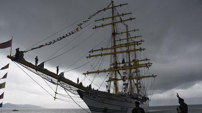 Batal Berlayar ke Rusia, KRI Bima Suci Bawa 89 Taruna AL Berlabuh di Dermaga Posal Sebatik Nunukan