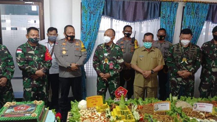 Tim Itjen TNI Tiba di Malinau Gunakan Helikopter, Brigjen TNI Fauzi Rusli SebutDirinya Terharu