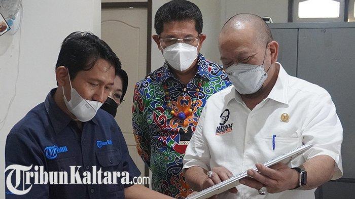 Ketua DPD RI La Nyalla Mattalitti beserta rombongan senator dan Wakil Gubernur Kaltara, saat mengunjungi Kantor Tribun Kaltara, Tanjung Selor, Kalimantan Utara, Rabu (26/5/2021) (TRIBUNKALTARA.COM)