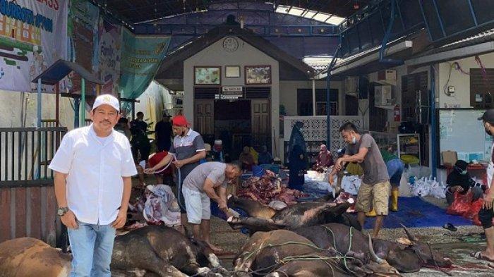Kader dan pengurus PKS, H Laode Nasir juga melaksanakan potong hewan kurban di RT 87, Karang Rejo, tepatnya PAUD Qurrota Ayun, Balikpapan Tengah.