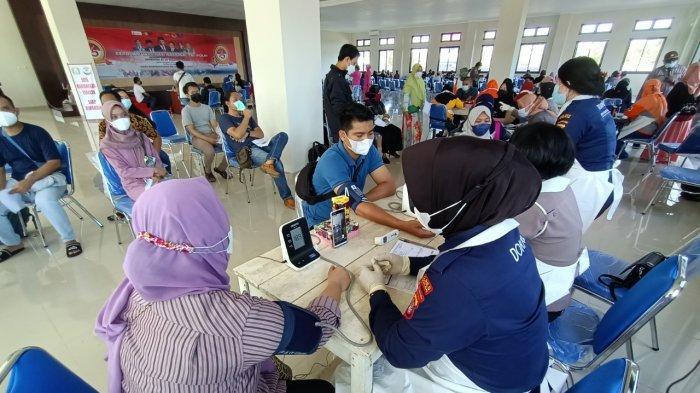 Realisasi Vaksinasi Covid-19 Tembus 18 Persen Dosis Pertama, Imbau Masyarakat Sabar Tunggu Giliran