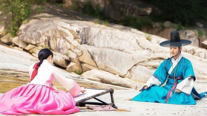 Lovers of the Red Sky: Hong Cheon Gi dan Ha Ram.