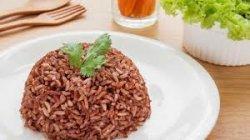 Tetap Kenyang dan Sehat, Simak Manfaat Mengkonsumsi Nasi Merah