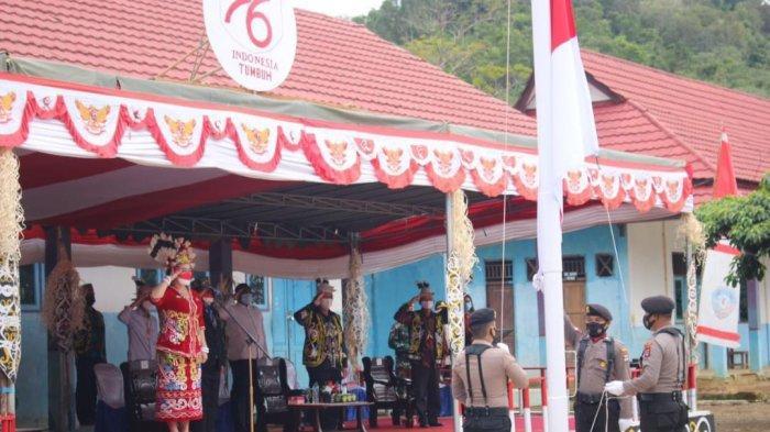 Ketua DPRD Kaltara Norhayati Andris saat menjalani tugas sebagai Irup di Upacara HUT ke-76 RI di Apau Kayan, Malinau, Selasa (17/8/2021) lalu