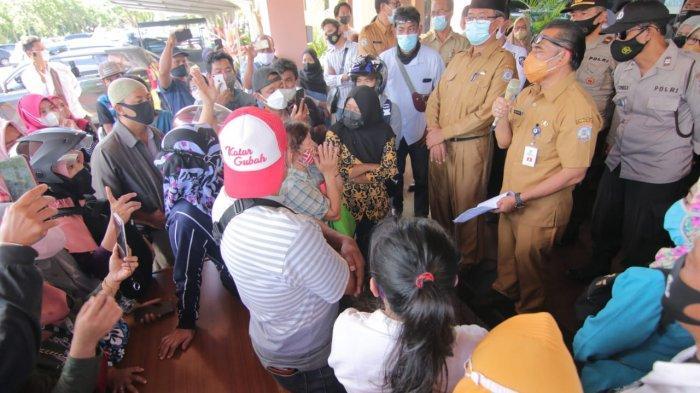 Orang Tua Peserta Didik Baru Tolak PPDB Sistem Zonasi, Protes di Halaman Kantor Disdik Balikpapan