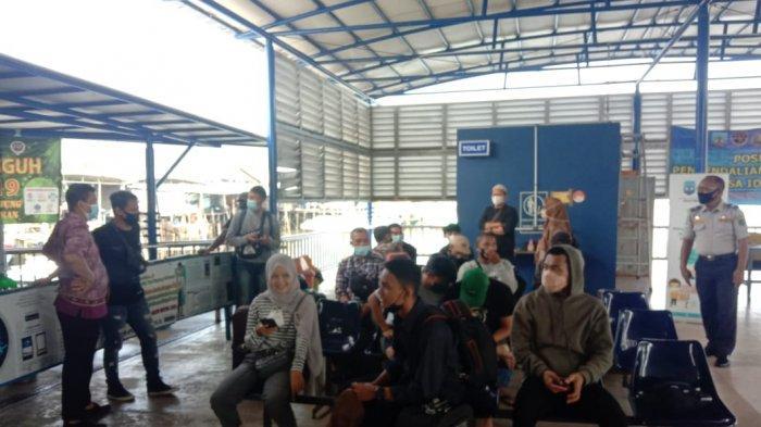 Hari Kedua Larangan Mudik,Speedboat di Pelabuhan Liem Hie Djung Tetap Beroperasi,Penumpang Sepi