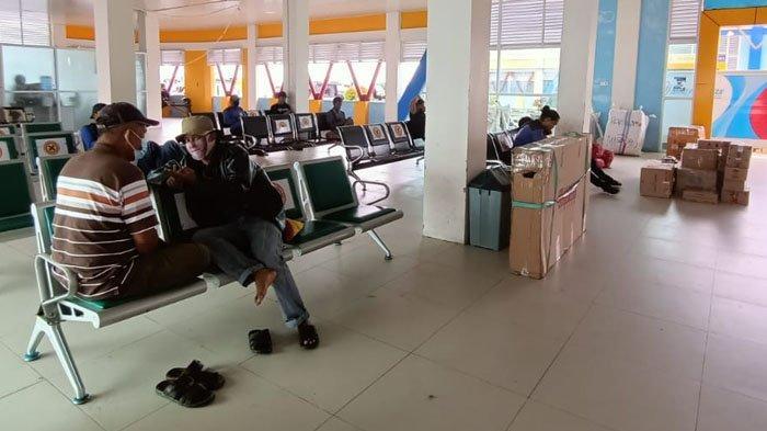 Aktivitas penumpang di Pelabuhan Tengkayu 1 Kota Tarakan. Tak ada lonjakan penumpang speedboat reguler. (TribunKaltara.com / Andi Pausiah)