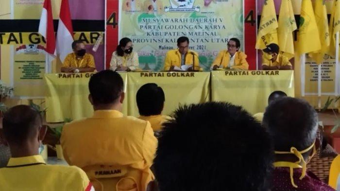 Jadi Ketua DPD Golkar Malinau, Robinson Tadem Komitmen Bangkitkan Kejayaan Partai Airlangga Hartarto