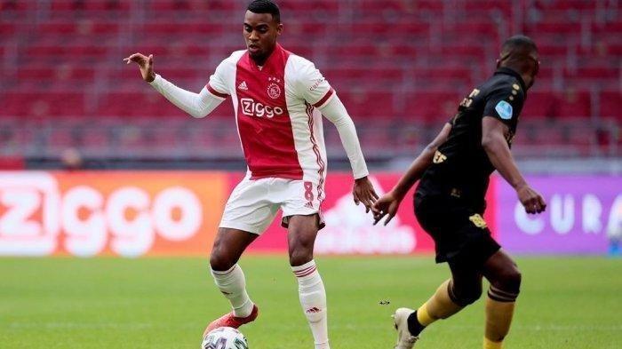 Skill Persis Pogba, Paolo Maldini Kebelet Datangkan Pemuda Pilar Ajax Ryan Gravenberch ke AC Milan