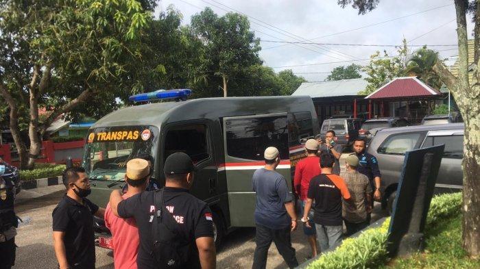 Cegah Gangguan Keamanan, 49 Napi Narkoba di Lapas Tenggarong Pindah ke Lapas Narkotika Samarinda