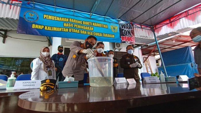 Pemusnahan barang bukti sabu di Kantor BNNP Kaltara, Rabu (9/6/2021). TRIBUNKALTARA.COM/ANDI PAUSIAH