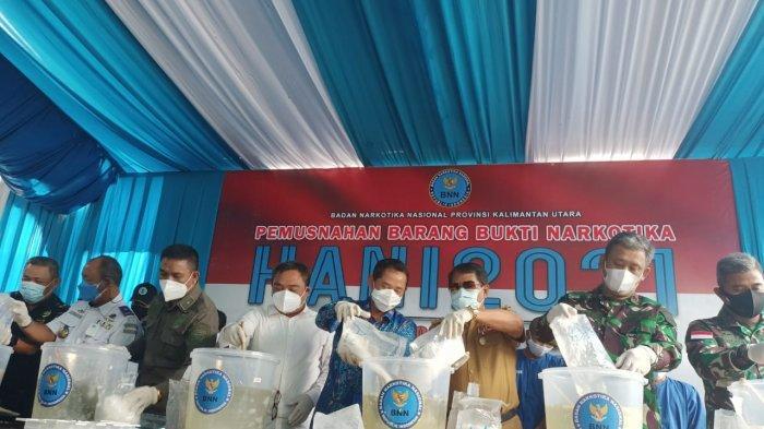 Sabu 20 Kilogram yang Diangkut Kapal Dimusnahan, Nakhoda dan 6 ABK Diamankan BNNP Kaltara