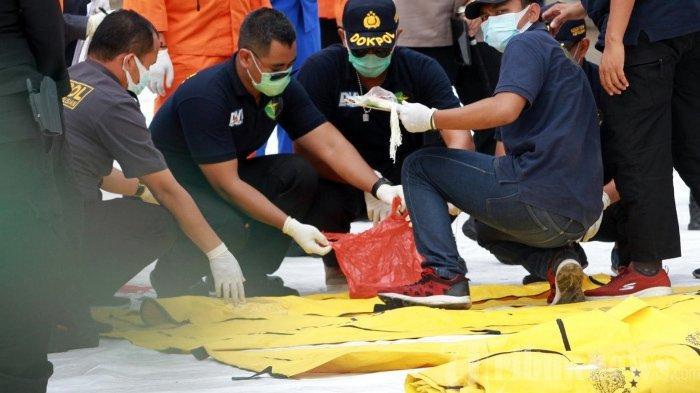 Sebulan Pasca Jatuhnya Sriwijaya Air, Tim DVI Jajaran Listyo Sigit Masih Lakukan Identifikasi Korban