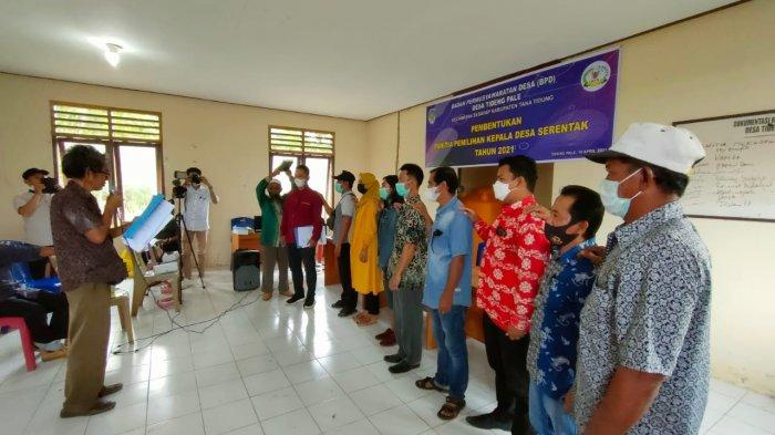Pengambilan sumpah panitia pemilihan kepala desa (Pilkades) serentak di Kabupaten Tana Tidung