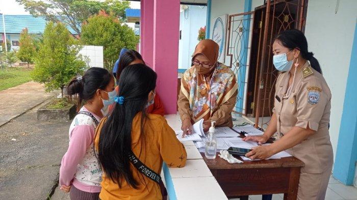 Pengumuman pendaftaran peserta didik baru di SMKN 2 Malinau, Kecamatan Malinau Kota, Kabupaten Malinau, Provinsi Kalimantan Utara, Senin (28/6/2021).
