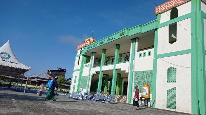 Cegah Penularan Covid-19, Masjid Agung Malinau Langsung Disemprot Disinfektan Usai Salat Idul Adha