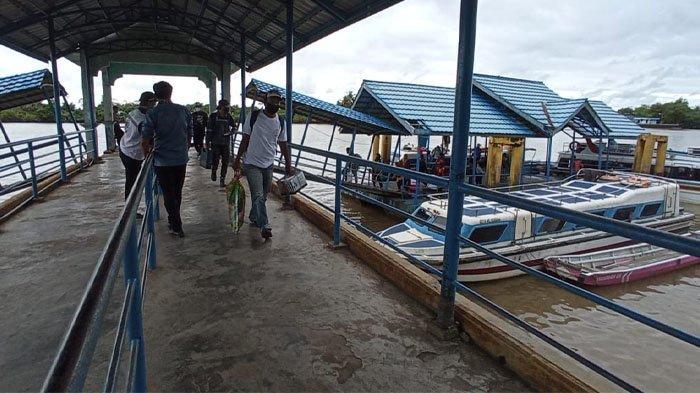 Penumpang speedboat rute Tarakan-Tanjung Selor, saat tiba di Pelabuhan Kayan II (TRIBUNKALTARA.COM / MAULANA ILHAMI FAWDI)