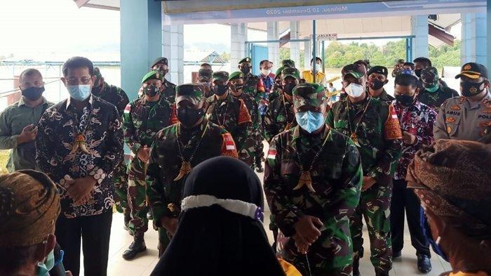 Perdana Berkunjung ke Malinau, Pangdam VI/Mulawarman Tinjau Tugas Pengamanan Wilayah Perbatasan