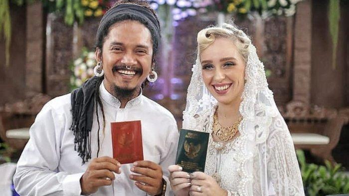 Akui Sering Cekcok, Pemilik Goyang Jingjit Dellu Uyee Cerai Istri Bulenya Usai 3 Tahun Menikah