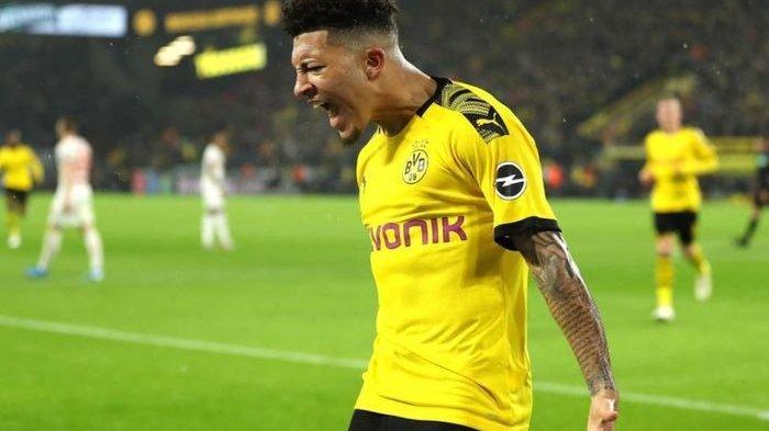 Penyerang Borussia Dortmund, Jadon Sancho, saat melakukan selebrasi usai mencetak gol. TWITTER.COM/_UTDJAKE