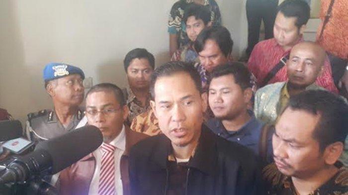 Ditahan Polda Metro Jaya, Munarman Beber Kondisi Terkini Rizieq Shihab, Sampaikan Pesan Khusus Habib