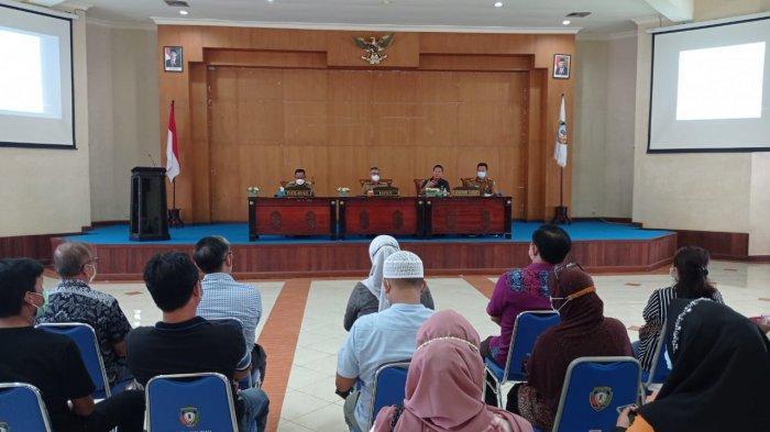 Dialog Bersama Disperindagkop Malinau, Pedagang Minta Kejelasan Penjualan Gula Pasir Buatan Malaysia