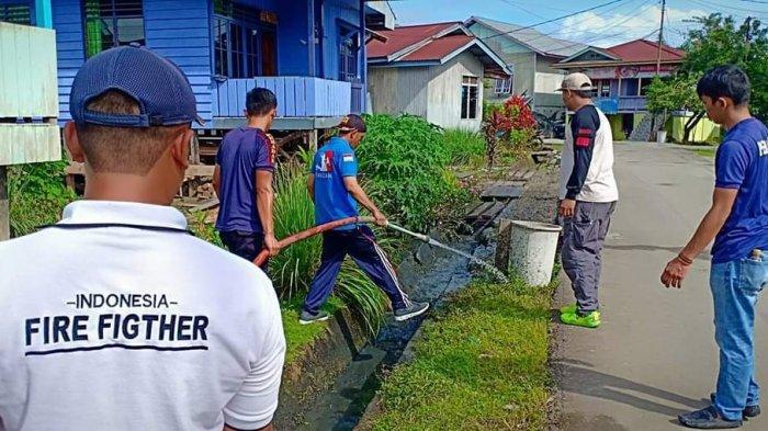 Selain Memadamkan Kebakaran, Berikut Tugas Pembantuan yang Pernah Ditangani Petugas Damkar Malinau