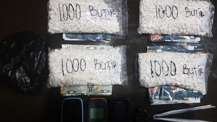 barang bukti pil kopl yang diamankan polisi Satresnarkoba Polresta Samarinda.