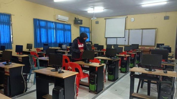 Persiapan SMKN 2 Tarakan sebagai lokasi pelaksanaan seleksi penerimaan PPPK guru  tahun ini.
