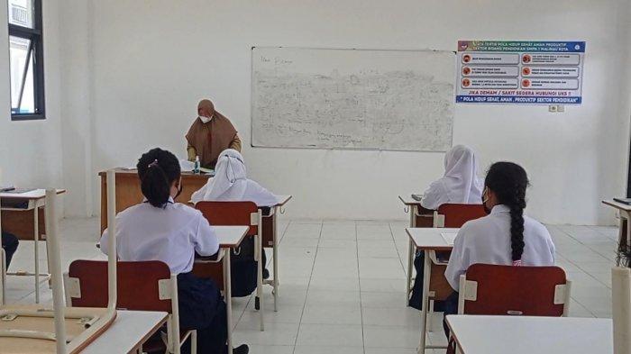 Pelaksanaan PTM terbatas di satuan pendidikan wilayah Kecamatan Malinau Kota, kabupaten Malinau, Provinsi Kalimantan Utara, beberapa hari lalu