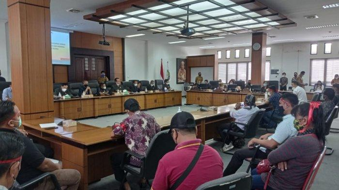 Guru Honor Ngadu ke DPRD Malinau: Belasan Tahun Mengabdi, Tak Lolos Seleksi Pegawai Honorer