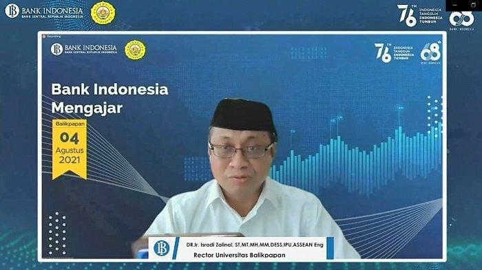 """Rektor Universitas Balikpapan Dr Isradi memberikan kata sambutan pada acara baik kegiatan """"Bank Indonesia Mengajar"""" ."""