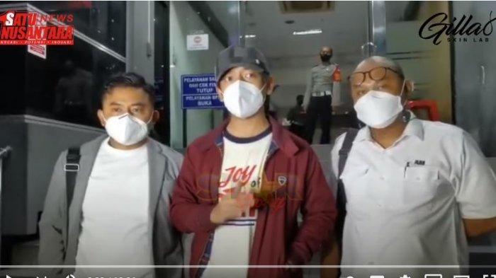 Istri Almarhum Denny Sakrie Sebut Rian D'Masiv Dua Kali Ajak Putrinya ke Kamar Hotel: Saya Ada Bukti
