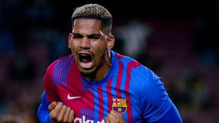 Barcelona Hampir Kalah dari Granada di Liga Spanyol, Gol Injury Time Ronald Araujo jadi Penyelamat
