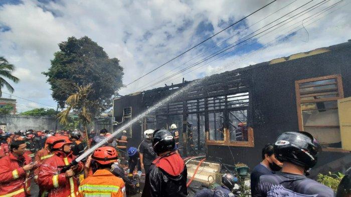 Ditinggal PergiSalat Jumat dan Lupa Matikan Kompor, Rumah Mantan Camat di Samarinda Terbakar