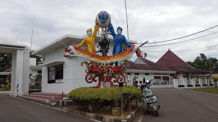 Rumah Jabatan Gubernur Kaltara di Jalan Enggang, Tanjung Selor terpantau sepi dari aktivitas, Minggu (11/7/2021).