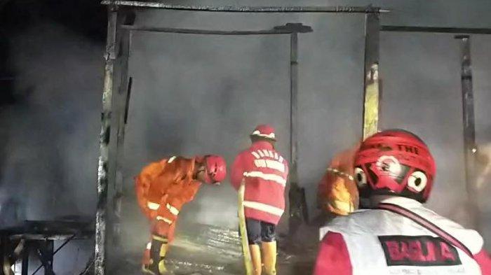 Tak Ada Penghuni,Sebuah Rumah di Samarinda Terbakar, Diduga Korsleting Listrik