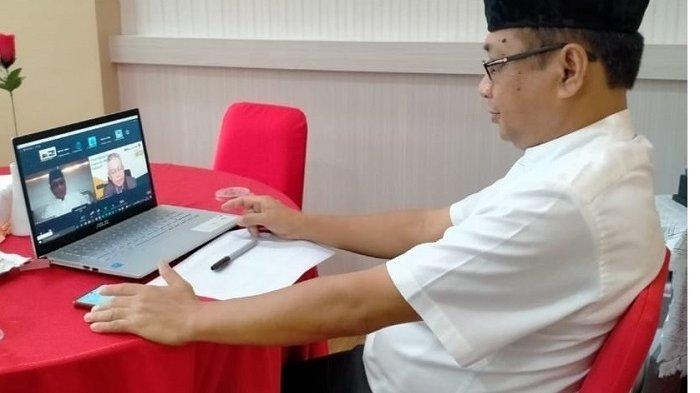 Rektor Uniba Dr Isradi menjadi narasumber Webinar Nasional tentang K3 yang digelar PT Pelindo III.