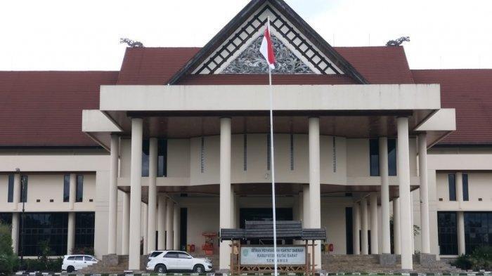 Anggota DPRD Kubar & Staf Positif Corona, Penutupan Sementara Gedung Wakil Rakyat Diperpanjang