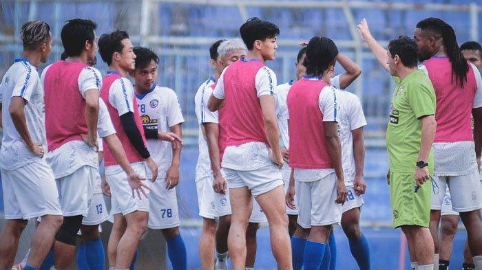 Prediksi PSM vs Arema FC, Anco Jansen Debut Bareng Juku Eja, Pelatih Singo Edan Sebut Laga Sulit