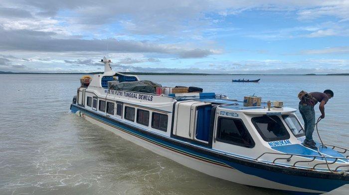 Speedboat reguler bertolak dari Pelabuhan PLBL Liem Hie Djung Nunukan menuju Tarakan, belum lama ini