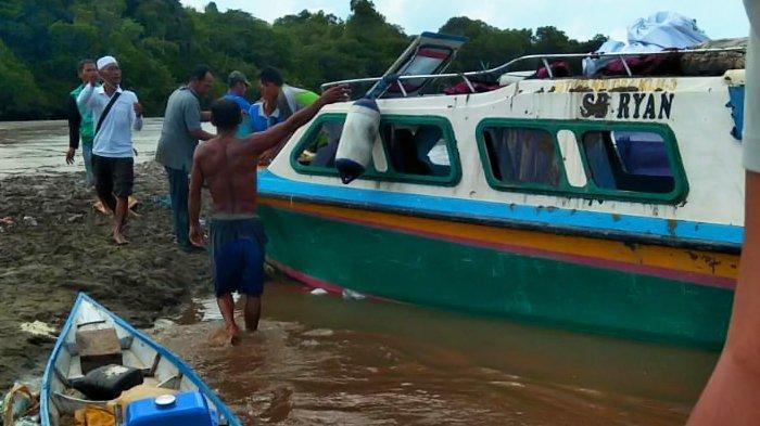 Insiden kecelakaan speedboat SB Ryan yang menewaskan enam penumpang di Sembakung, Nunukan, Kalimantan Utara, Senin (7/6/2021). (HO/SAR TARAKAN)