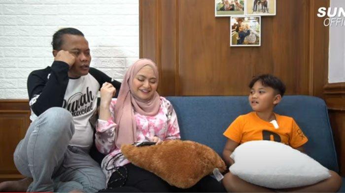 Ferdi Adik Rizky Febian Menangis di Pangkuan Nathalie Holscher, Sule Singgung Kasih Sayang Ibu