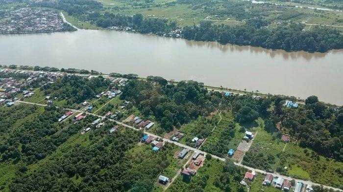Foto udara wilayah Tanjung Selor dan Tanjung Palas yang dipisahkan oleh Sungai Kayan