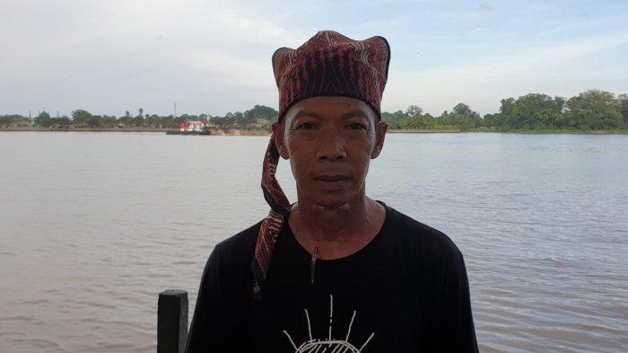 Baharudin Pelatih Tim Klawor asal Tanjung Palas Hilir