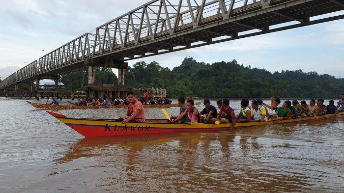 Juara Bertahan di Lomba Dayung Tradisional, Begini Asal Usul Nama Klawor Asal Tanjung Palas Hilir