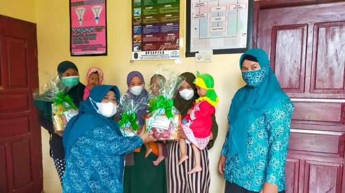 Cegah Bayi Stunting, PKK Nunukan Beri Makanan Tambahan Kepada Ibu Hamil dan Vitamin untuk Balita